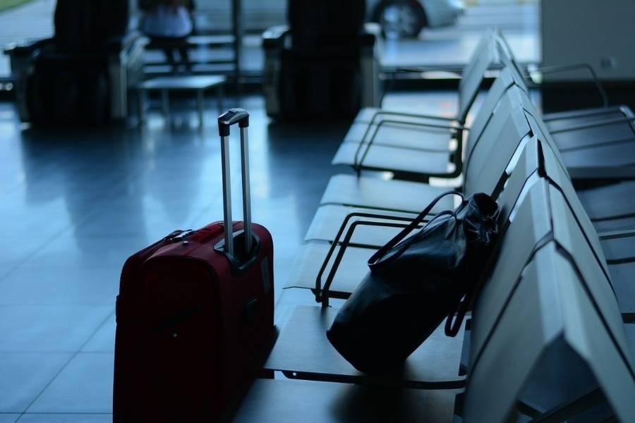 Geschäftsreisen Koffer Terminal