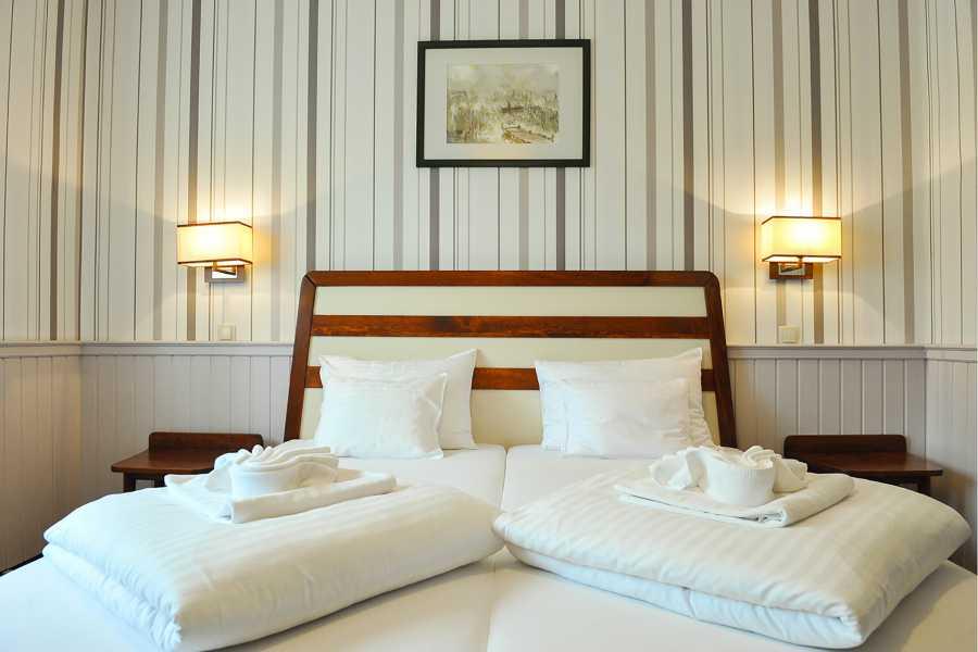 Zimmer Hotel 4